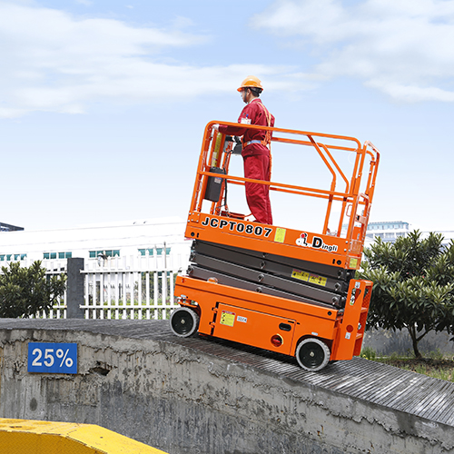 登高车在斜坡上使用
