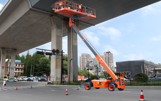电动臂式必赢亚洲线路测试平台工作场景
